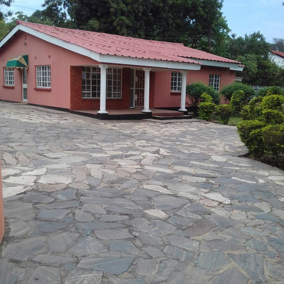 Houses For Rent: Beautiful 3 Bedrooms House For Rent In Olympia Park