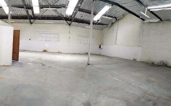warehouse1533983561